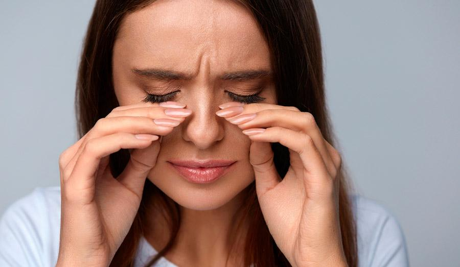 Чем отличаются ощущения при синдроме сухого глаза и аллергии?