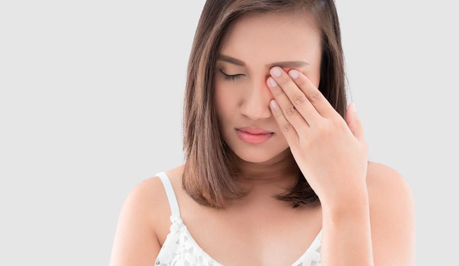 Как проявляется синдром сухого глаза после операции?